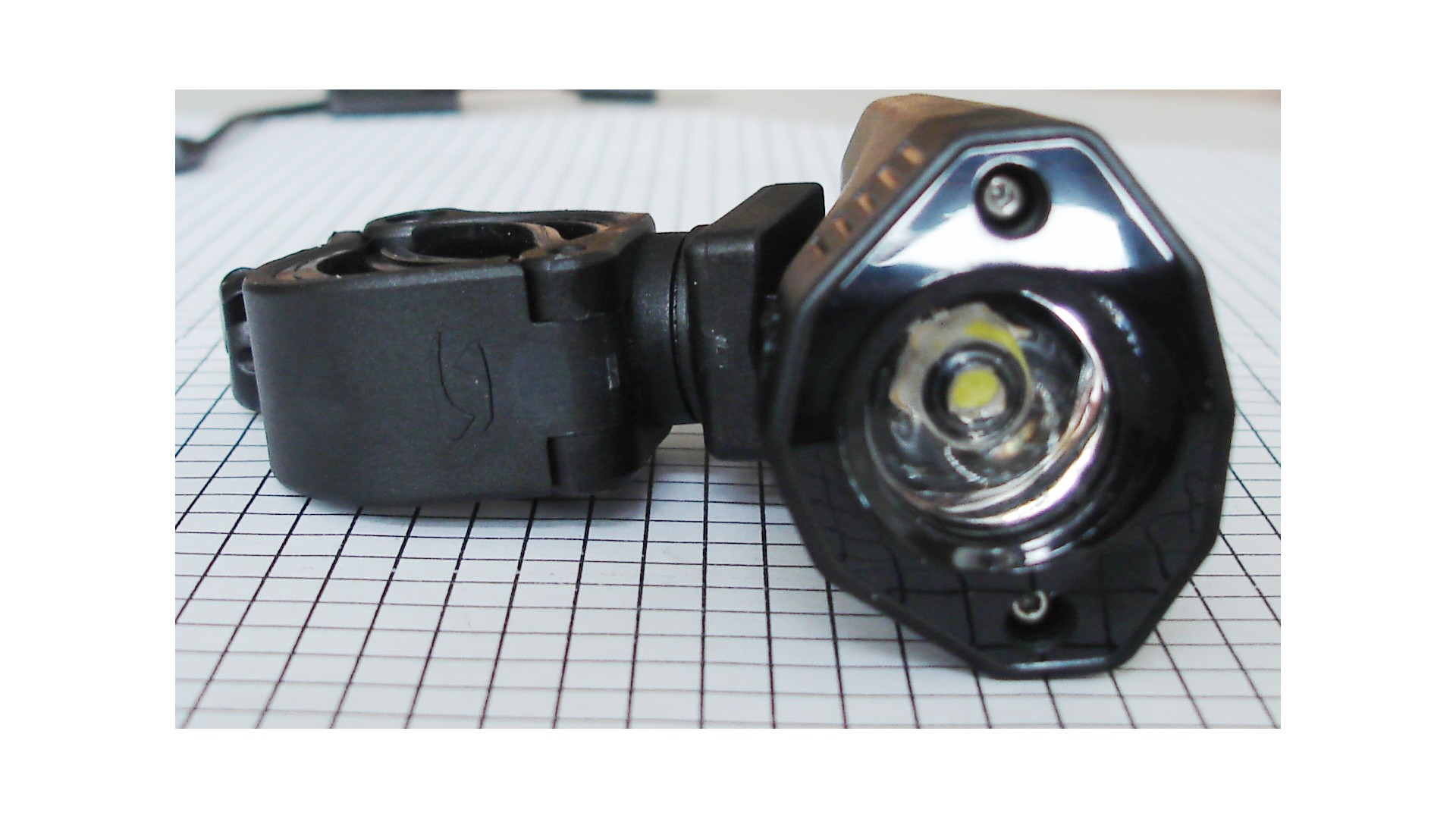 Фара передняя Sigma Buster 100 Front Light