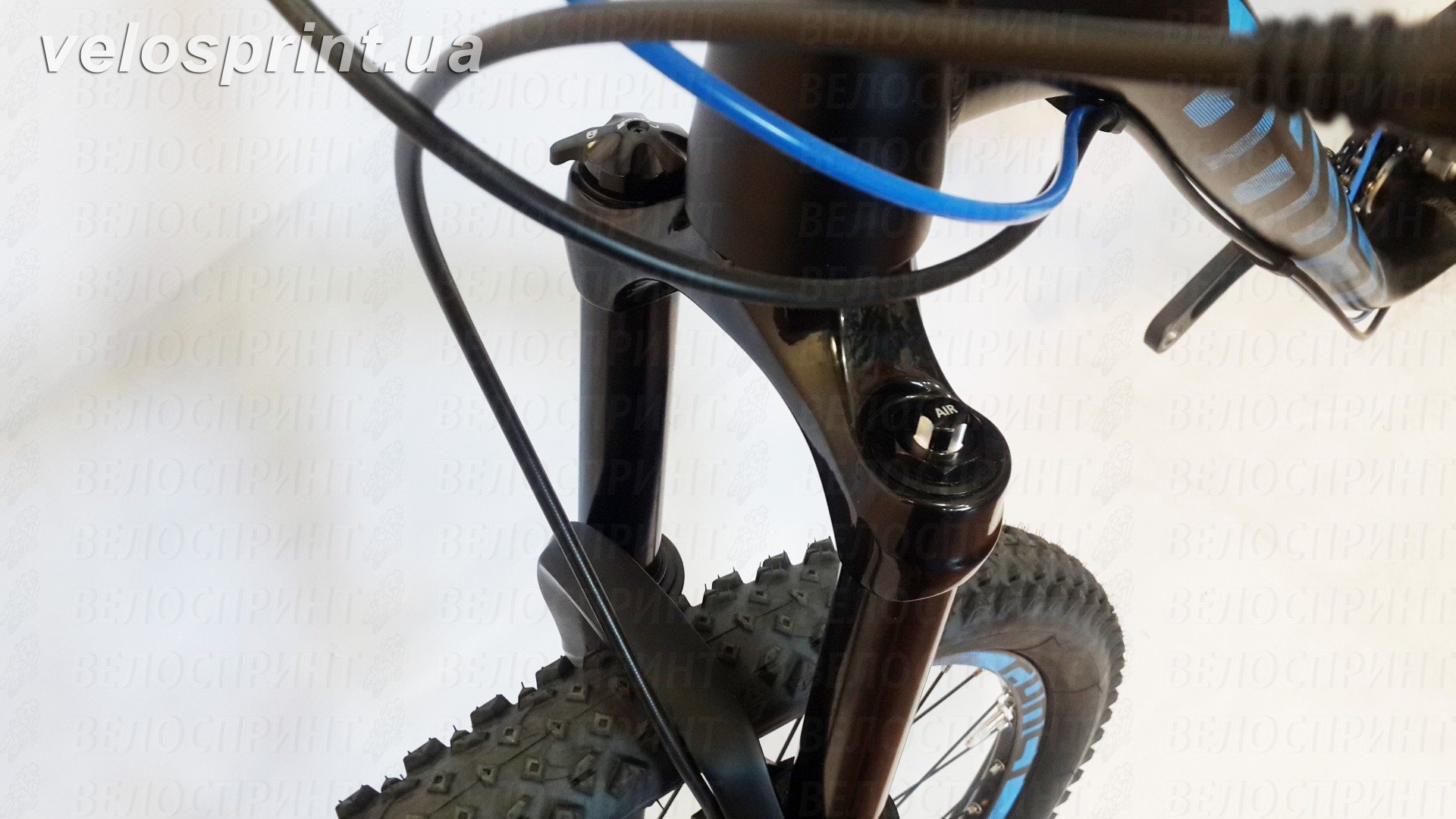Велосипед GHOST Kato FS 2 AL 27.5 nightblack/riotblue/monarchorange вилка год 2017